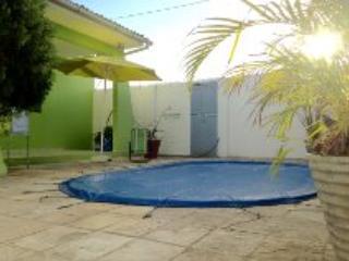 Casa com piscina  próximo a Praia do Bessa, João Pessoa