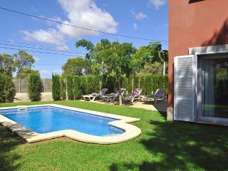 Casa pareada con piscina y jardín propios, 4 hab., Cala Pi