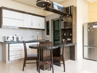 3BR High Condo @ Georgetown, Penang, George Town