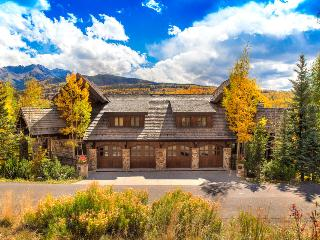 Surrounded by beauty, inside and out - Private hot tub, private elevator, game room - Five Woods Retreat, Mountain Village