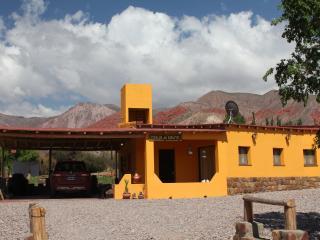 Uquia, Cabanas Vasija de Cobre - Cabanas I y II