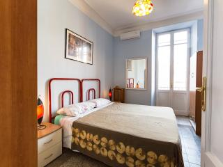 Apartament at Testaccio in the heart of night life