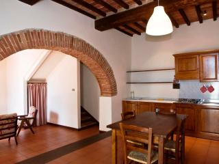 Poggio 6. Apartment with pool in the Chianti, Siena