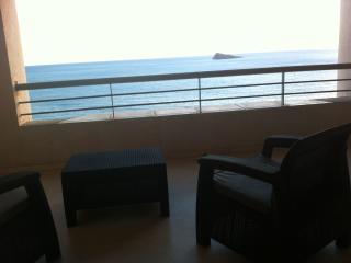 Apartamento en primera linea de playa de levante., Benidorm