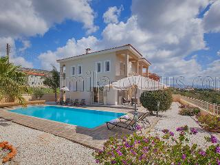 Luxury 3 bedroom + Pool overlooking Coral Bay, Peyia