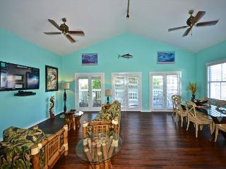 Casa Key West- Extra Large Condo Located On Duval St.