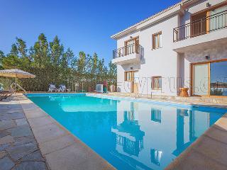 Argaka Beach Villa AV1 - 3 Bedroom Villa