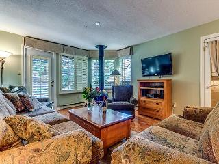 Acer Vacations | Whistler Town Home - Cozy 2 Bedroom Mountainside Lodging
