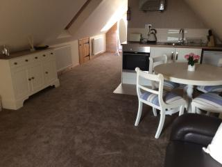 1st Floor Studio Apartment, Adderbury