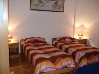 Apartment 882, Porec