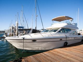 BOAT, BED & BREAKFAST - 'SELL SELL SELL'  YACHT - Sleeps 4