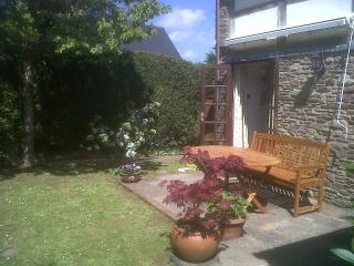Secluded south facing garden