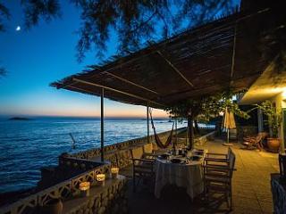 magnificent beach house in Armenopetra beach
