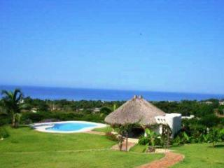5 BR Ocean View Estate Perfect for Couples 2 share, Puerto Escondido