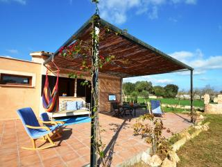 Cozy Villa with Pool, Maria de la Salut