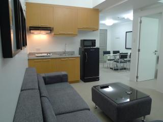 1 Bedroom CONDOTEL Across MegaMall, EDSA, Ortigas