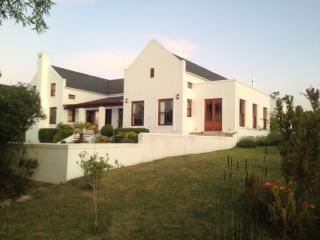 Luxury house on De Zalze Golf Estate, Stellenbosch