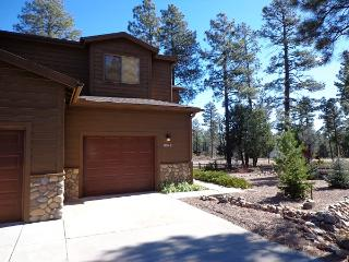Fun Townhouse in the tal pines, Pinetop-Lakeside