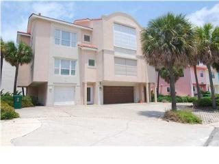 Close to Beach and Jetty with Gulf & Harbor Views, Destin