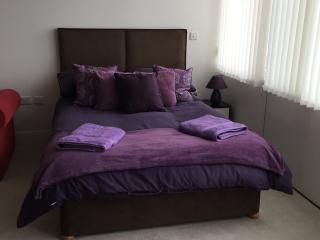 City centre self contained studio apartment, Liverpool
