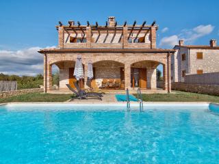 TH00479 Istrian Villa Darko A1, Cabrunici