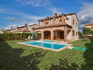 TH00479 Istrian Villa Darko A2, Cabrunici