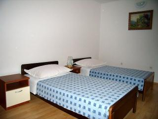 TH01624 Apartments Ivan / Two bedroom A1, Rogoznica