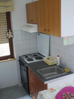 A Mali(2+1): kitchen