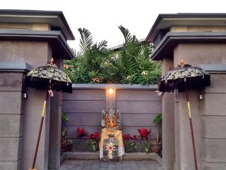 Legong Kirana Villas - Your Home in Bali, Kuta
