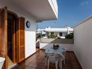 3 Bedroom Apartment near the Beach of San Foca