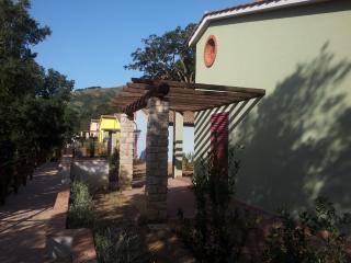 villaggio Mezzo Ortano, Rio Nell'Elba