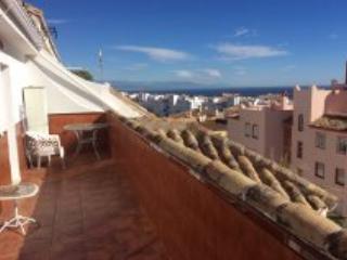 2  bedroom penthouse large terrace sun all day, Arroyo de la Miel