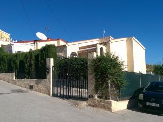 lovely detached villa with private pool, La Marina