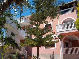 Arazzo Holiday Apartments rental