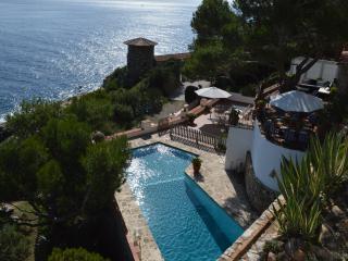 Villa Transatlantique  en première ligne de mer,  nommé Villa Esmeralda, Llafranc