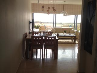 2 Room Apartment Sea And Sun Building On The beach, Tel Aviv