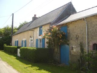 Quiet, private, spacious, romantic cottage for 2, Vimarce
