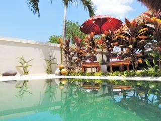 Pool Villa SeaViews, Beach-Garden, Pool table, Jalancagak
