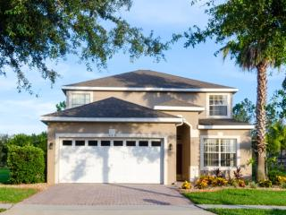 Highlands Reserve Beautiful 5 BR Pool Home-112, Orlando
