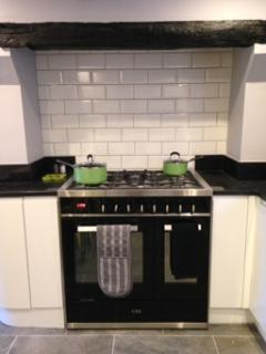 2 oven Range cooker with 5 burners
