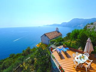'Villa Horizon' has the best view of Amalfi coast., Praiano