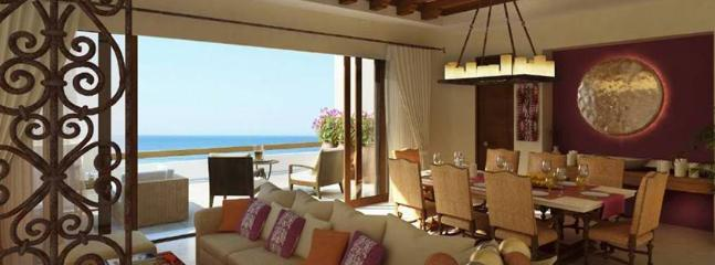 Luxurious penthouse overlooking the Pacific Ocean with the sound of waves soothing your spirit!
