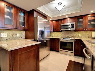 $$ AUGUST/ FALL SPECIALS STAY IN NEWLY REMODELED THREE BEDROOM TWO BATH CONDO