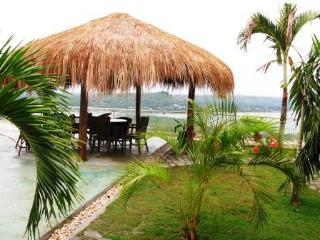Singe detouched house for rent in secure compound