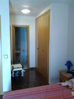armario vestidor y baño en suite