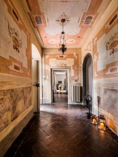 Villa entrance_with original frescoes