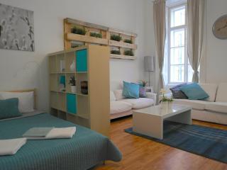 Hi5 Apartment 10, Budapest