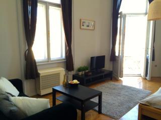 Hi5 Apartment 22, Budapest