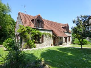 Stable Cottage - La Ferme de l'Eglise Heated pool from June 2017