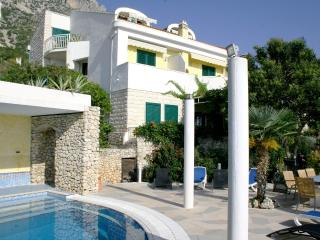 Villa Margitta, Seaview apartments, pool, balcony, Drasnice